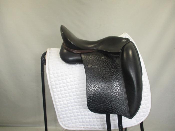 "WOW Edge size 0 / 16"" Dressage Saddle"