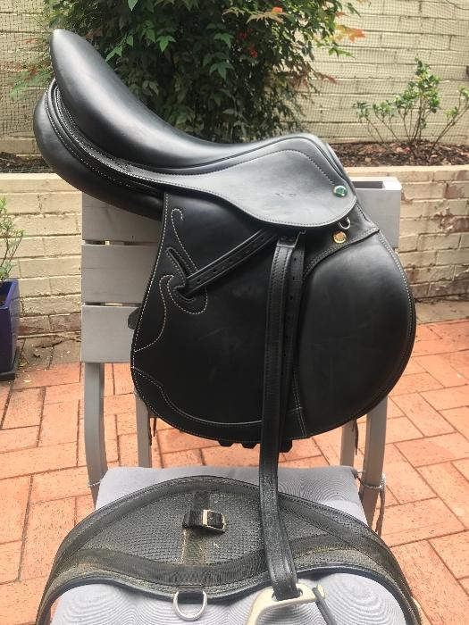 Prestige Passion D Jump Saddle