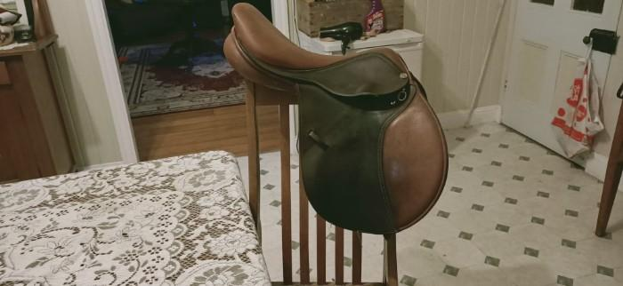 Trainers Master Show Jumping Saddle Brown