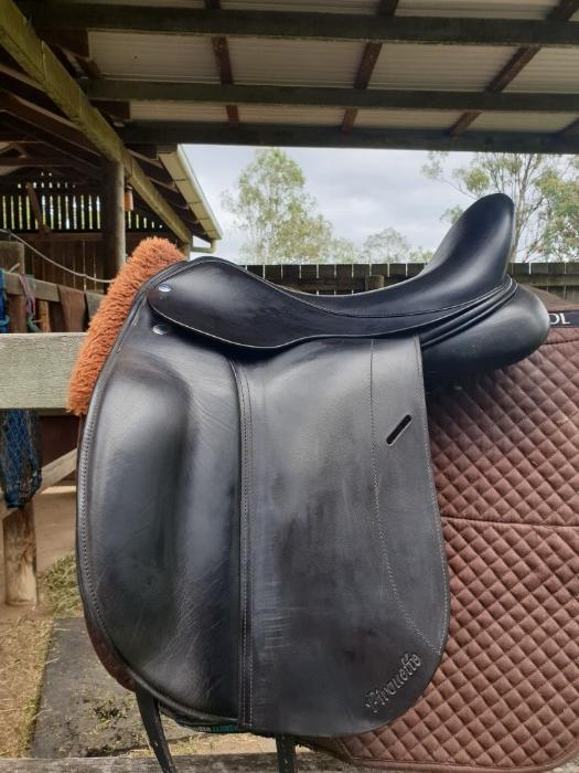 Frank Baines Pirouette Deluxe Dressage Saddle