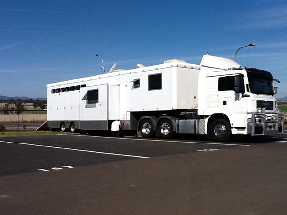 MAN Truck with 8 Horse Gooseneck