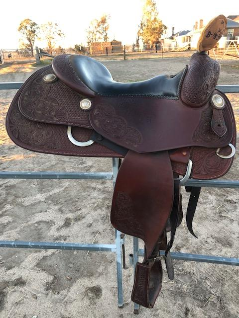 "16""Bobs Avila Custom Reining Saddle"